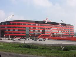 Spelen in Alkmaar, trainen in Zaanstad.